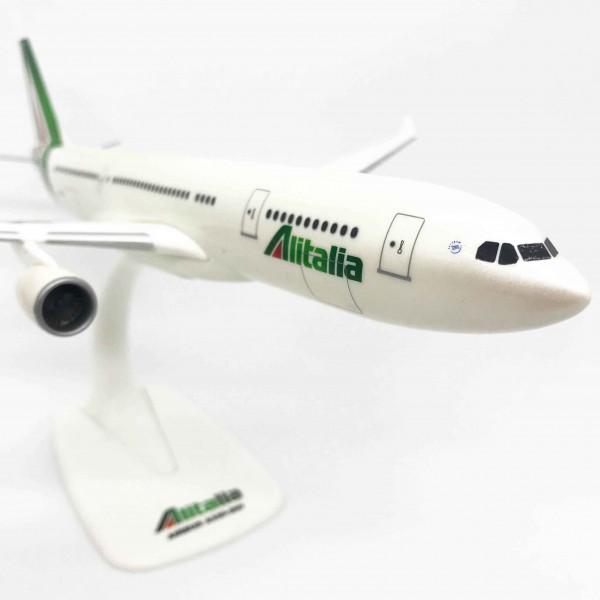 Airbus A330-200 Alitalia 1:200
