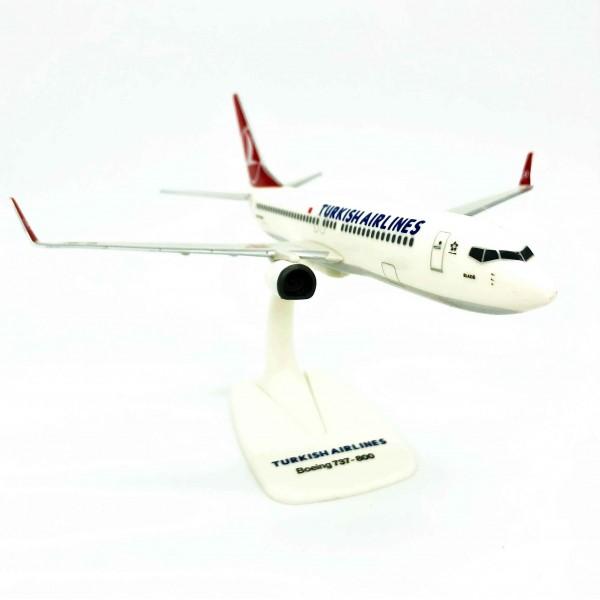 Boeing 737-800 Star Alliance Turkish Airlines 1:200