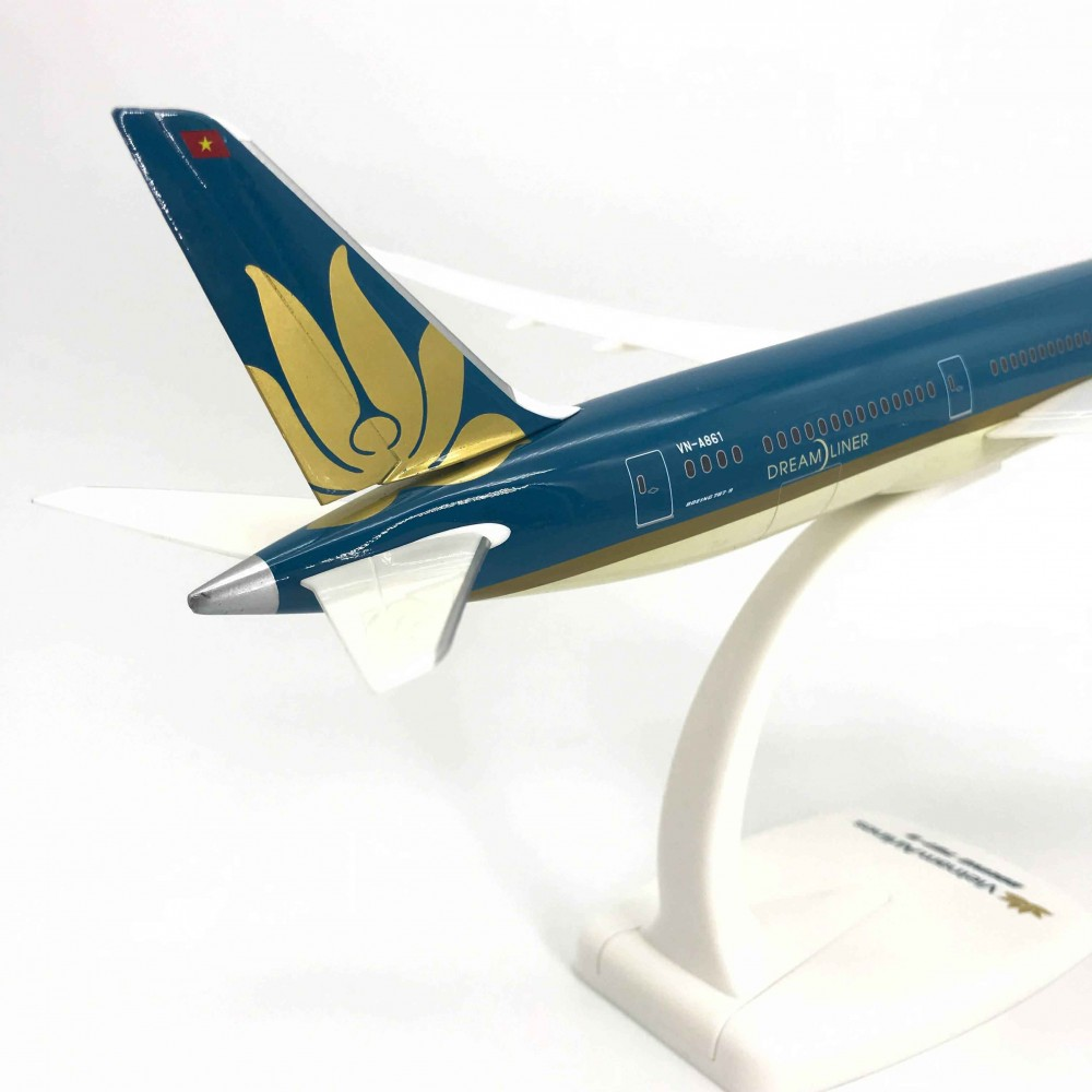 Boeing 787-9 Vietnam Airlines 1:200