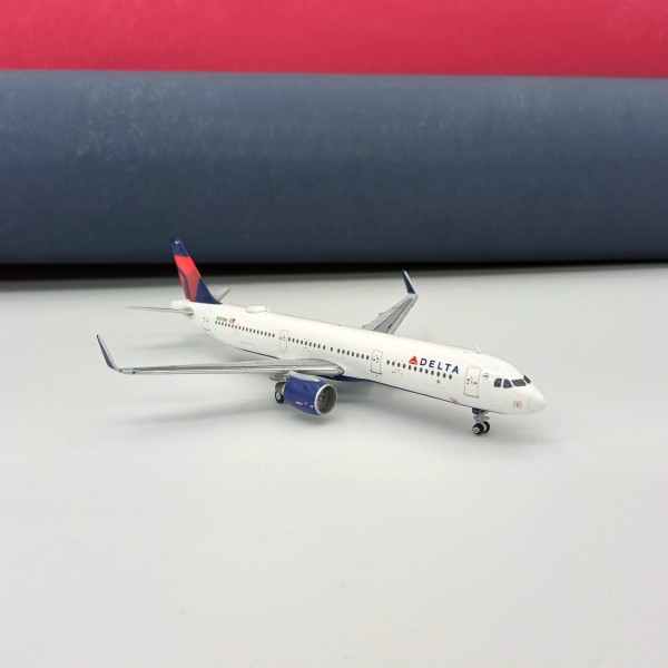 Airbus A321 Delta 1:400