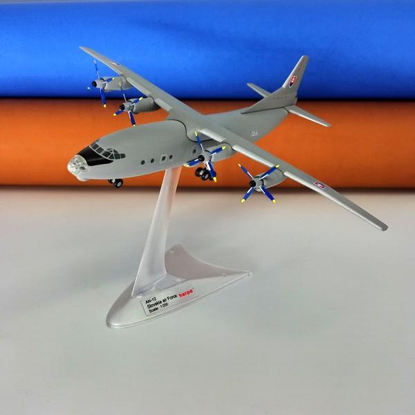 Antonov An-12 Slovakia Air Force 1:200