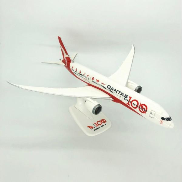 Boeing 787-9 Qantas 100 years 1:200