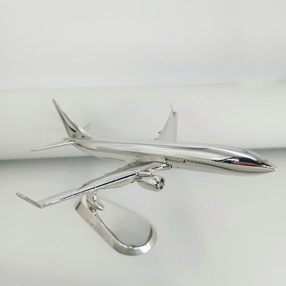 Metal Model Boeing 737 NG