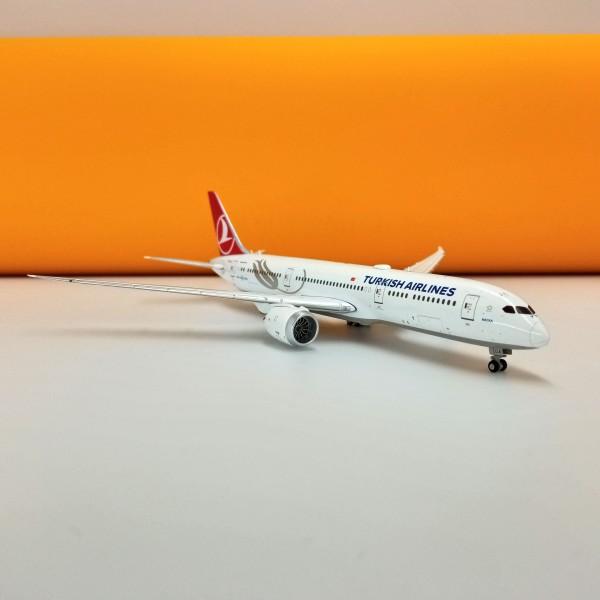 Boeing 787-9 Turkish Airlines 1:400