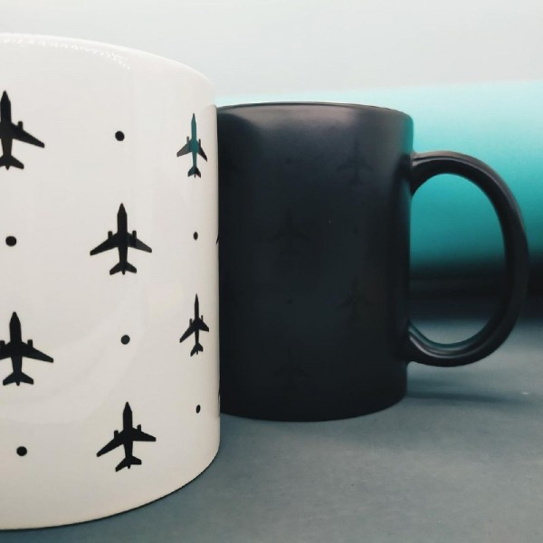 Cup With Planes And Temperature Indicator