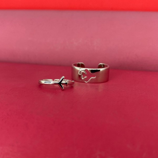Silver Paired Rings With Airplane